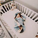 Monitor oddechu to urządzenie, które może uchronić nasze dziecko od śmieci łóżeczkowej.